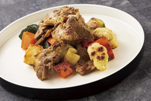 ラム肉とごろごろ野菜のスパイシーソテー