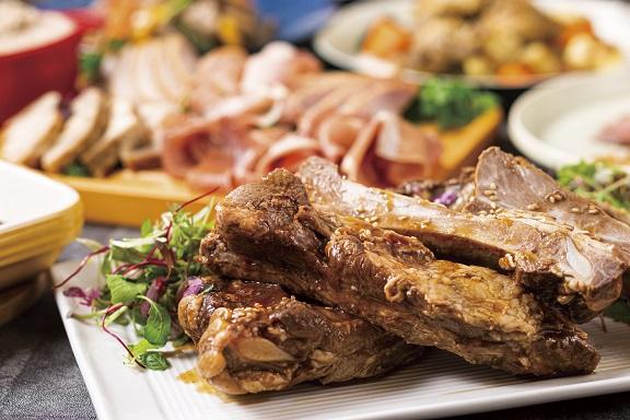 国産豚肉のスペアリブ