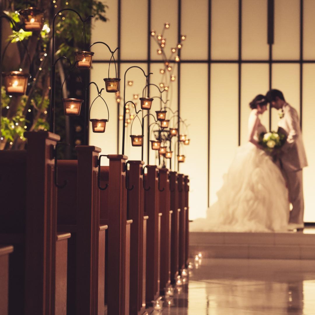 「大げさな結婚式は自分らしくない」「予算的にもそこまでは」「それでもドレスは着たい」そんな方におすすめ♪<br /> 南仏の風を感じる館内で素敵な写真を♪<br /> 撮影のあとはレストランを堪能。お急ぎ婚にもおすすめ。